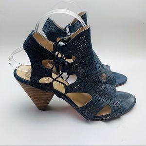 Vince Camuto Metallic Lacer Cut Heels 8.5